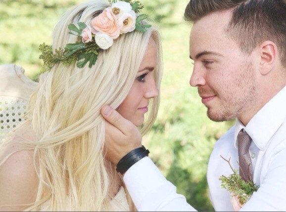 Свадьба - Bridal flower crown - flower crown - wreath - moss wreath - bohemian flower crown - flower girl - bride - bridesmaids - ranunculous