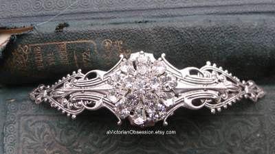 Свадьба - Victorian Wedding rhinestone Hair barrette silver and Crystal