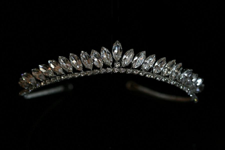 Wedding - Bride Wedding Tiara made with Swarovski Crystal  Rhinestones