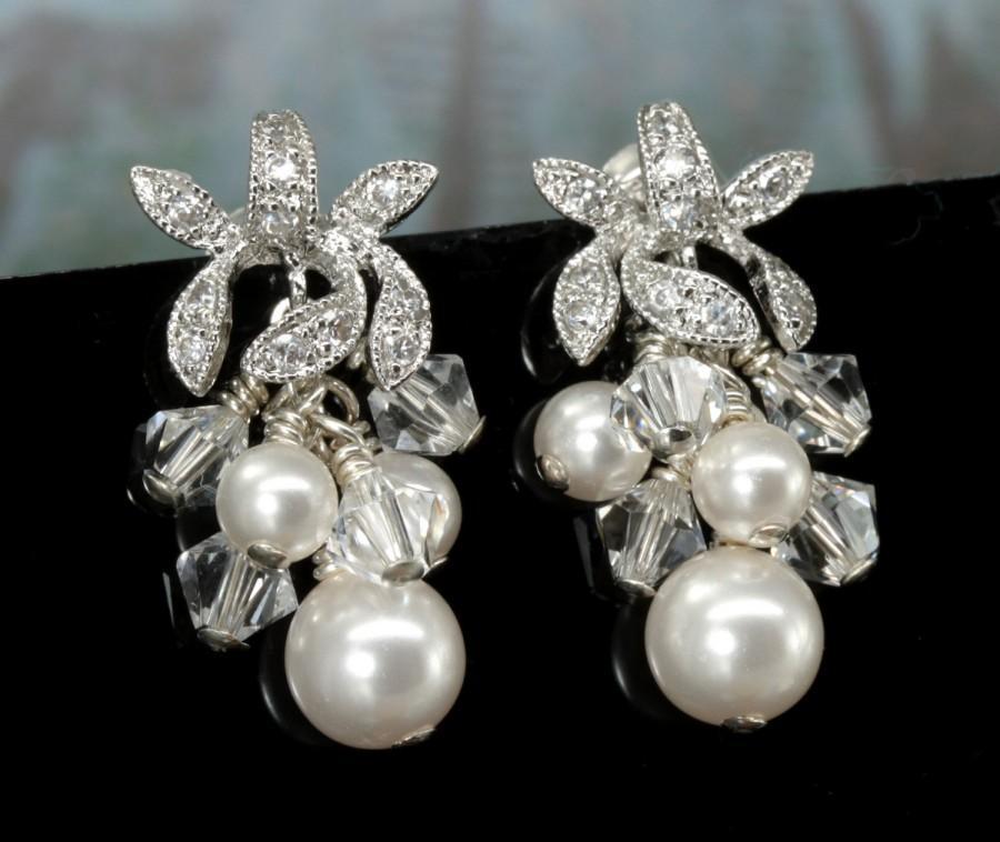 Mariage - Bridal Earrings, Pearl Earrings, Wedding, Swarovski Bridal Jewelry, Cluster Earrings, Pearl and Crystal Drop Earrings