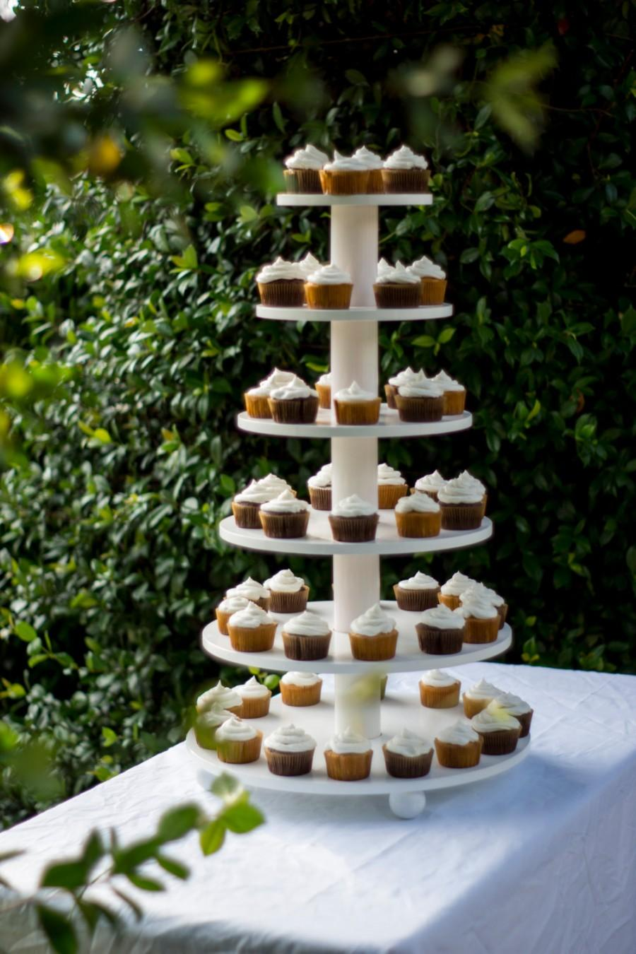 Hochzeit - Cupcake Stand. White and Elegant,  Holds 100
