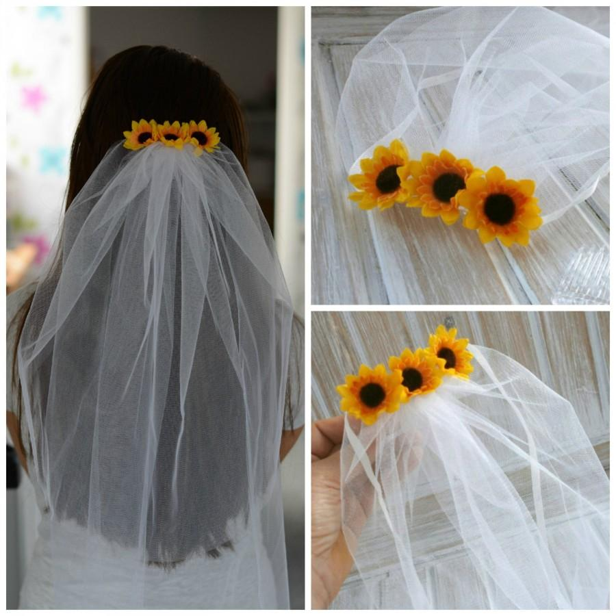 Mariage - Bachelorette Veil Bridal Shower Veil Sunflower Party Accessory Headband Veil Sunflower Bride Party Rustic Sunflower Wedding