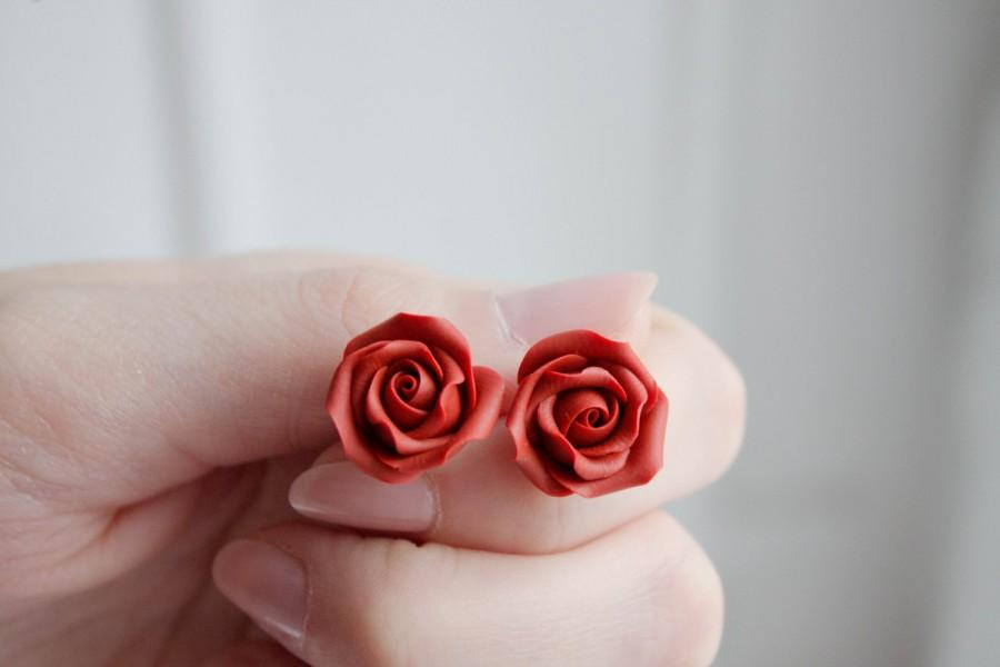 Hochzeit - Red Rose Stud Earrings small flower stud earrings floral studs womens earrings birthday Valentine's day mother's day gifts