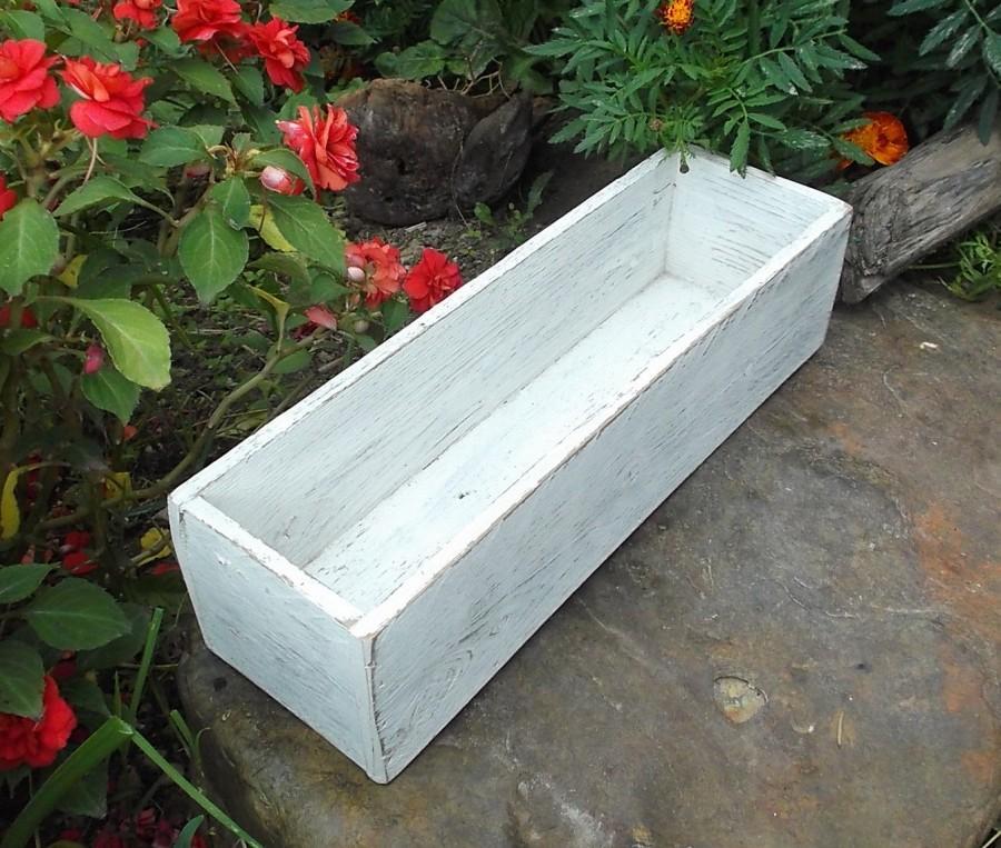 Mariage - Cottage Chic Wedding Centerpiece - Chippy White Box - Distressed Wood Box - Shabby Chic Wedding