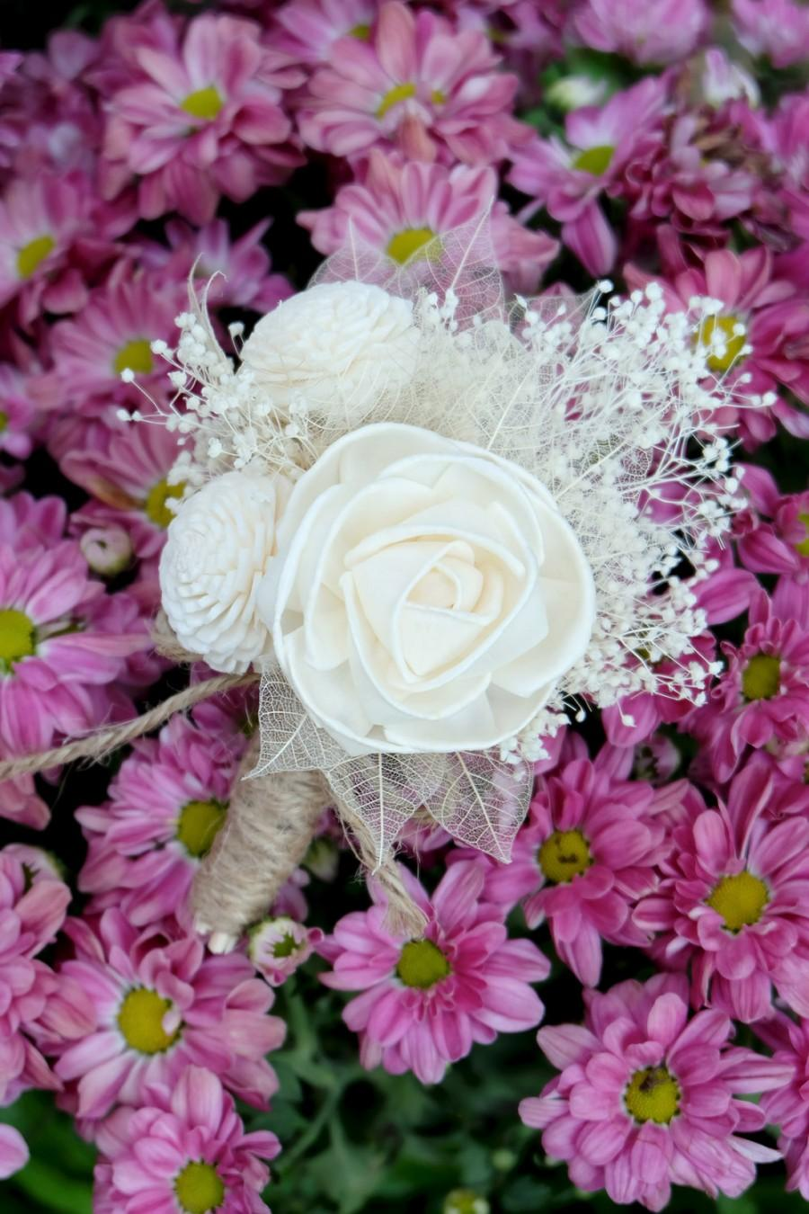 Свадьба - White Akito Balsa Wood Rose Boutonniere