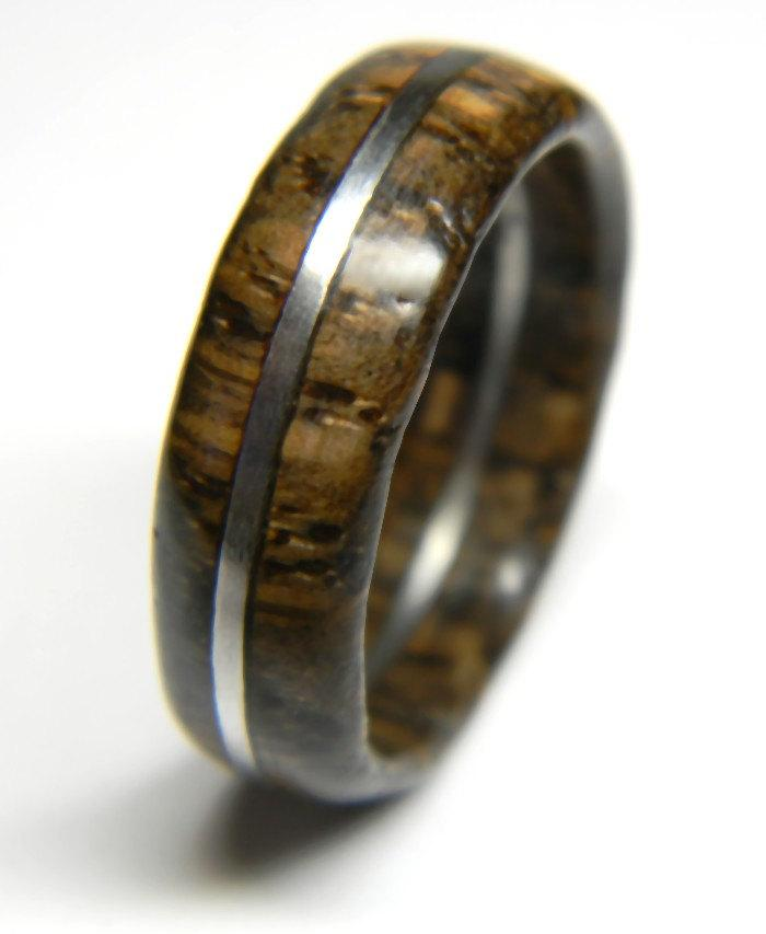 Mariage - Unique Rustic Oak Wood Ring, Jewelry, Ring, Wood Jewelry, Weddings, Wedding Band, Engagement Ring, Him, Men, Gift, Mens Gift, Stainless Ring