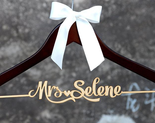 Personalized Rustic Wedding Dress Hanger New Tech Bride Bridesmaid Wood Name Custom Bridal Shower Gift Cml004