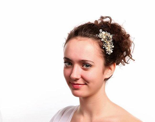 Wedding - Baby's Breath flower and Crystal Bead Bridal Hairpiece. Ready to ship.