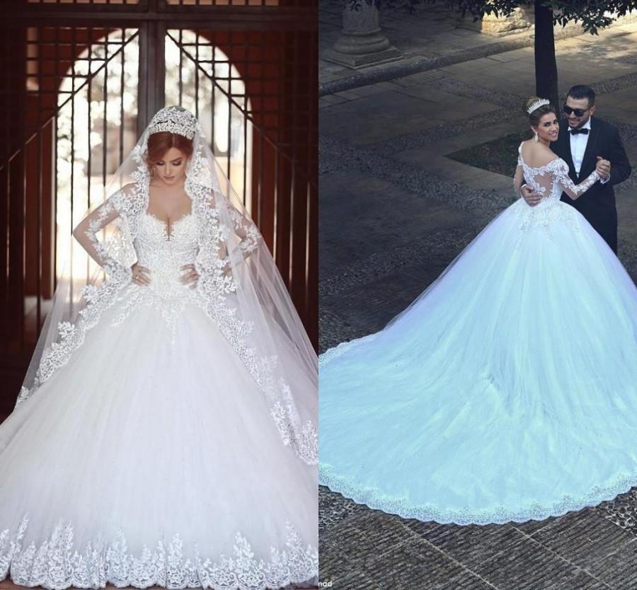 b0a054545bc40 2016 Vetidos Arabia V Neck Ball Gown Wedding Dresses 2015 Vintage Sheer  Long Sleeves Appliqued Cathedral Train Church Bridal Gowns Plus Size Online  with ...