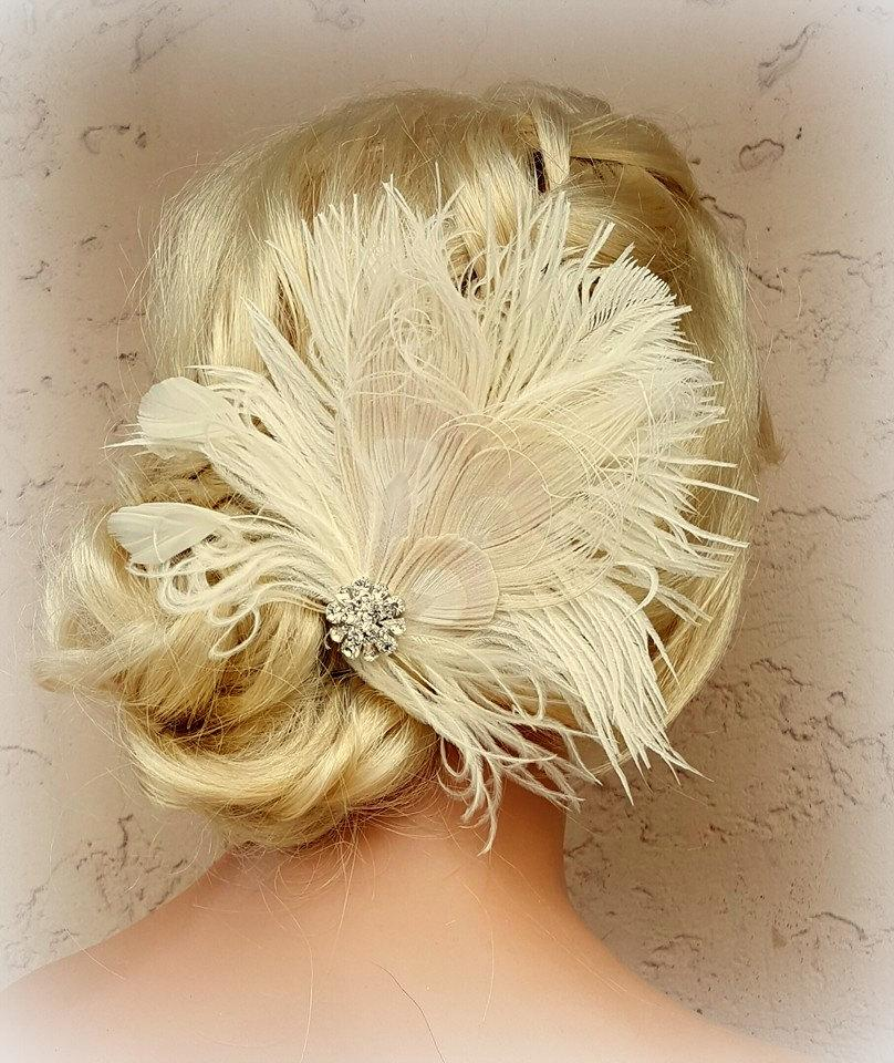 Mariage - Feather Hair Clip, Feather Fascinator, Wedding Hair Accessories, Bridal Hair Fascinator,Vintage Style Fascinator, Great Gatsby, Bridal Comb,