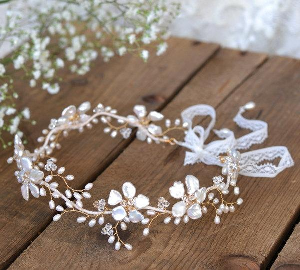 Hochzeit - Boho bridal hair vine, gold floral wedding hair accessory, flower forehead pearl tiara, wedding flower crown, bride wedding hair, boho halo