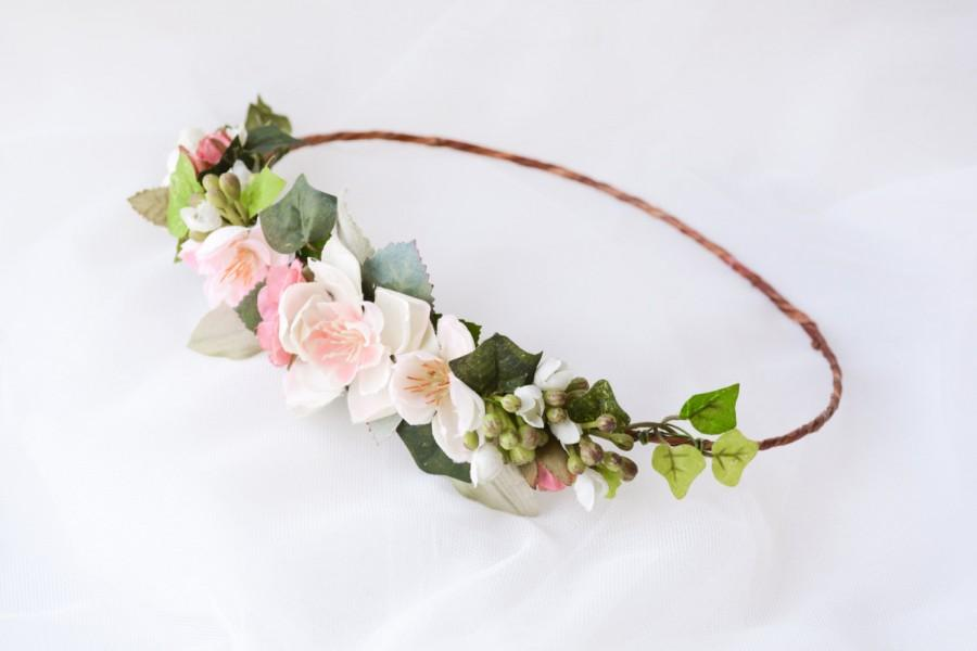 Hochzeit - Flower crown, Floral halo, Bridal headpiece, Bohemian wedding hair accessories, Boho wreath - SONNET