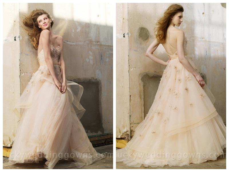 Свадьба - Luxury Fashion Oatmeal Tulle Wedding Dress with Crystal Flowers