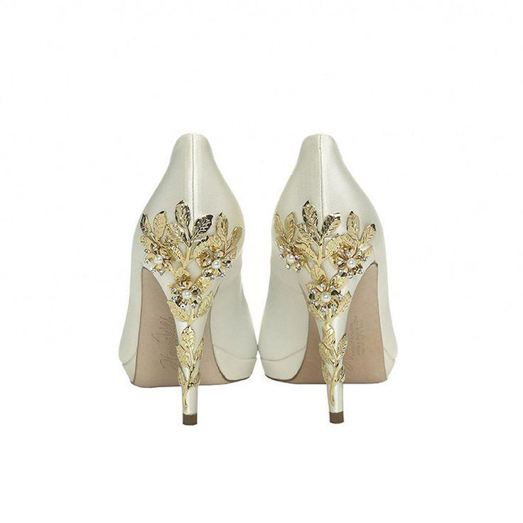 Hochzeit - Fairytale Wedding Shoes That Would Make Even Cinderella Jealous