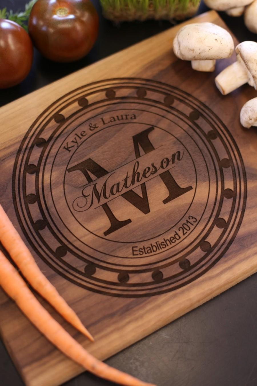 Mariage - Personalized Cutting Board Bridal Shower Wedding Gift  (Item Number MHD20011)