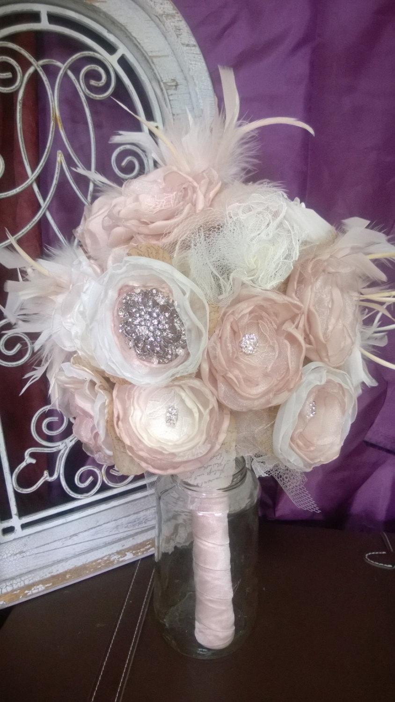Свадьба - Fabric Bridal Bouquet, Feather bouquet, Great Gatsby Bouquet, Gatsby themed wedding, Brooch Bouquet, Vintage bouquet,