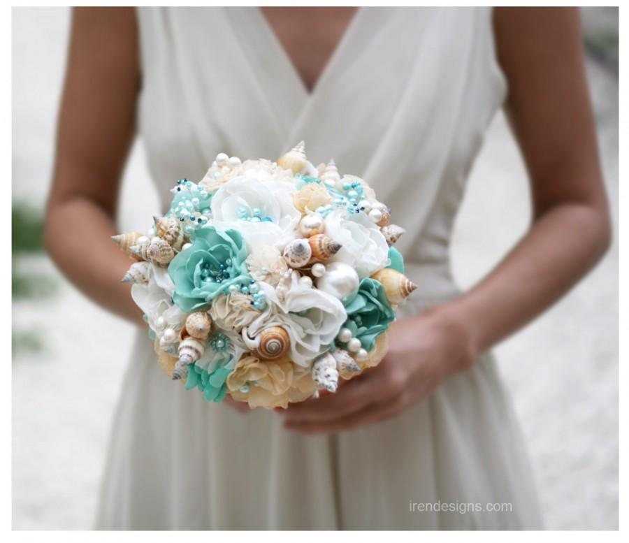 Mariage - Seashells Wedding Bouquet for Beach Wedding. Turquoise and Beige Wedding Bouquet. Beach Bouquet