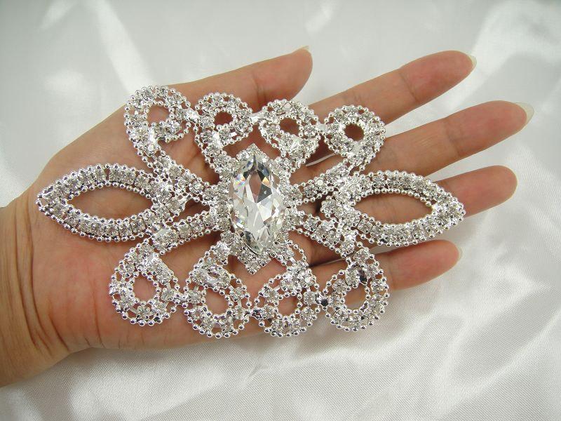 Mariage - Rhinestone applique, Bridal Sash Applique, crystal Pearl Sash applique, diamante applique, wedding applique,  Bridal Applique, wedding belt
