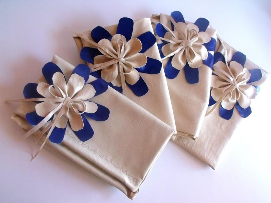 Свадьба - Bridesmaid Clutch - Bridesmaid Bouquet Clutch - Bridesmaid Gift Idea - Custom Clutch Collection - Bridal Clutch - Personalized Clutch