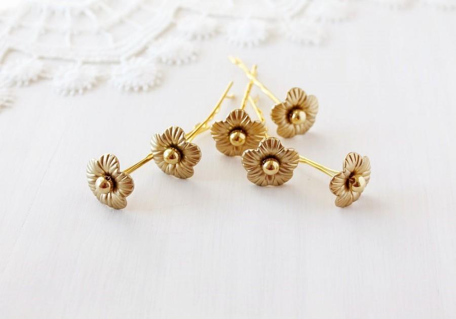 Hochzeit - Gold Bridal Hair Pins, Flower Bobby Pins, Wedding Hair Pins, Small Bridal Pins, Gold Flower Clips, Wedding Bobby Pins, Bridesmaid Hair Pins