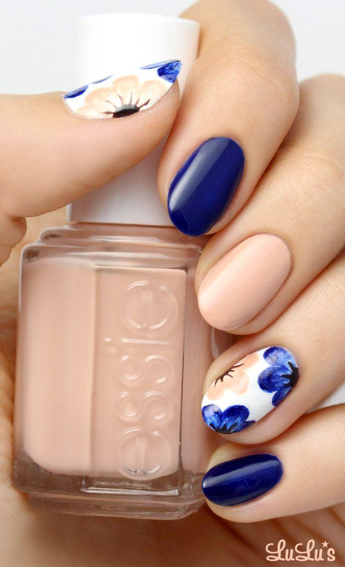 Свадьба - Mani Monday: Nude And Navy Blue Floral Nail Tutorial