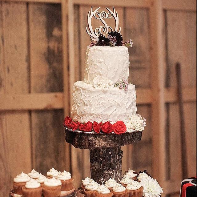 Wedding - Wooden Antler Cake Topper - Initial Cake Topper - Monogram Cake Topper - Rustic Wedding Cake Topper - Antler Decor