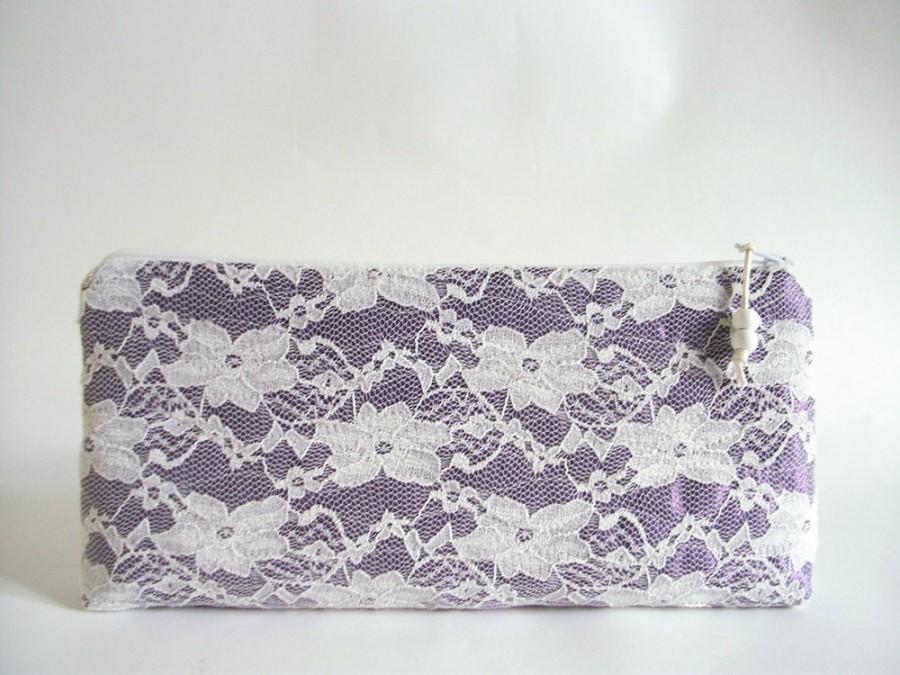 Свадьба - Dark Orchid Clutch / Wristlet, Lace Wedding Clutch, Bridesmaid Clutch, Floral Lace Wallet, Evening Orchid Handbag, Cosmetic Wristlet Purse