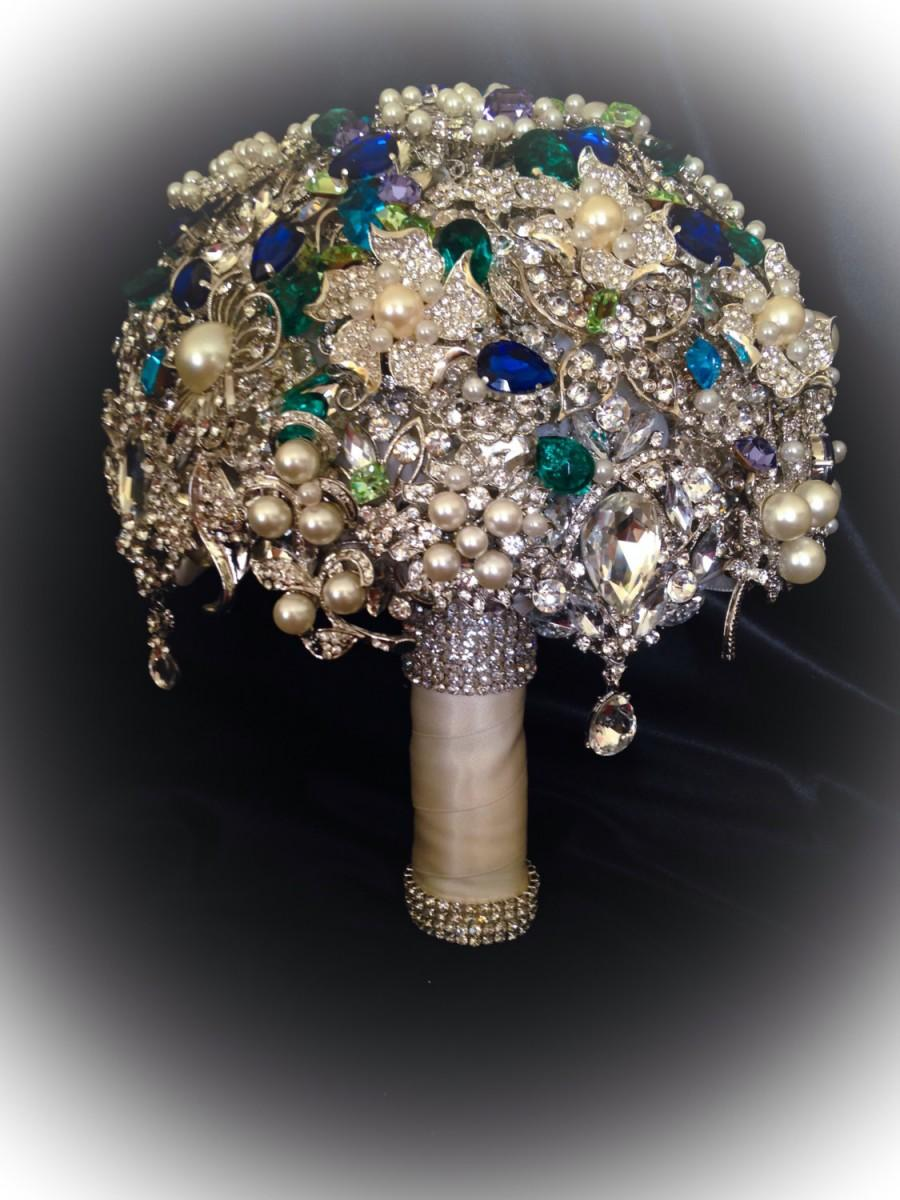 Boda - VINTAGE STYLE Heirloom Green Blue Brooch Bouquet. Deposit on Crystal Bling Pearl Keepsake Brooch Bridal Bouquet. Blue Green Turquoise Purple