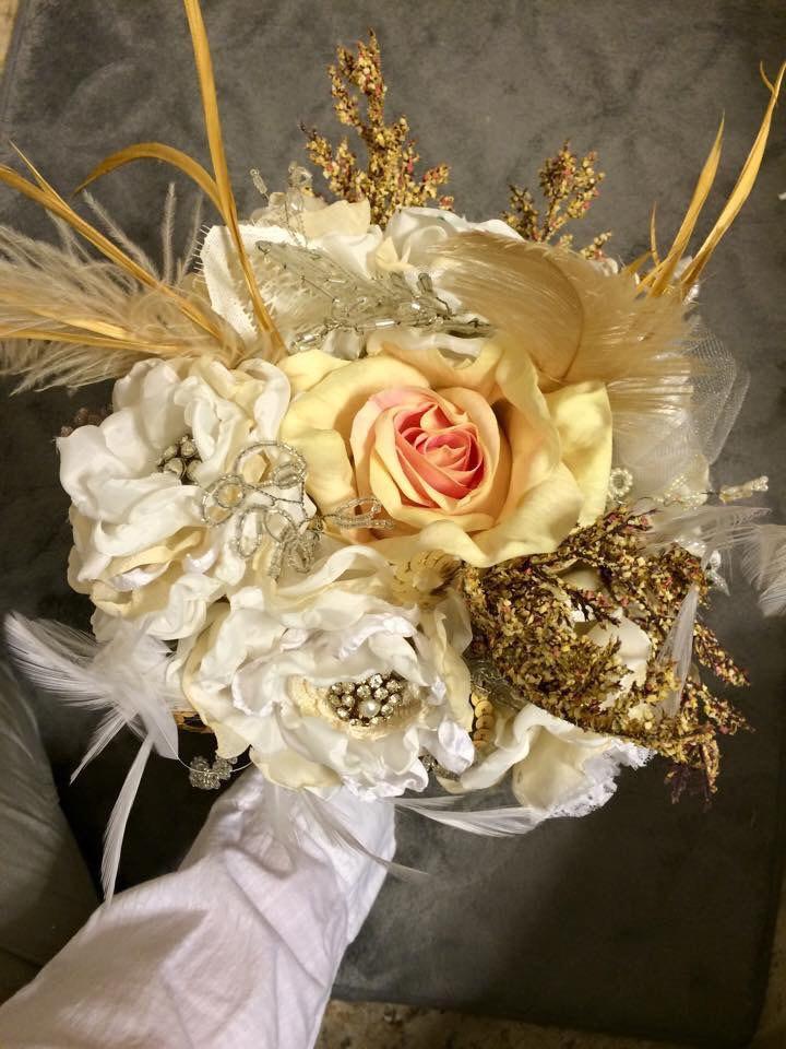 Hochzeit - Wedding Brooch Bouquet, Fabric Flower Bouquet, Vintage Wedding, Fabric Bridal Bouquet, Vintage lace, Pearl embellishments, Off White