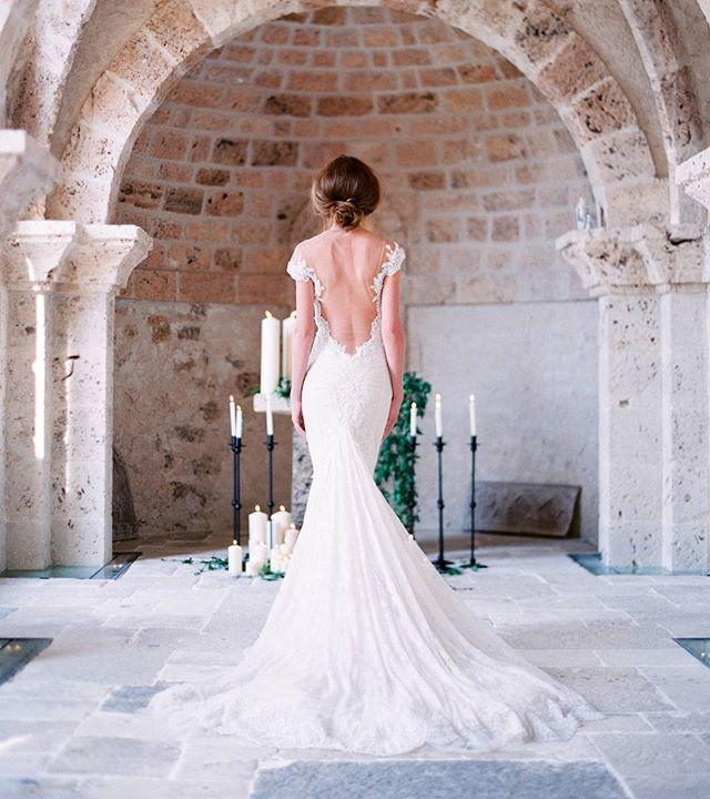 "Hochzeit - Galia Lahav On Instagram: ""Daydream. Thanks To@audreyparisphoto @lafabriqueareves  @chateaumargui """