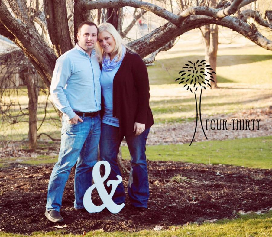 "Mariage - 18"" Wooden Ampersand Photography prop, Wooden Alphabet Letters, DIY, Engagement, Wedding Decor, Photography Props, Wedding"