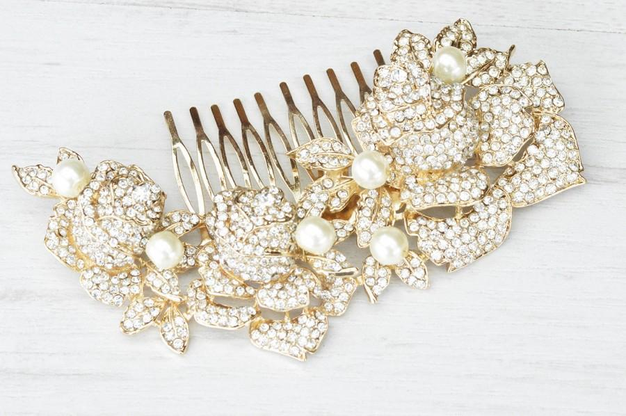 Hochzeit - Gold crystalized roses – dazzling bridal hair comb. Crystals and pearls encrusted wedding hair comb.
