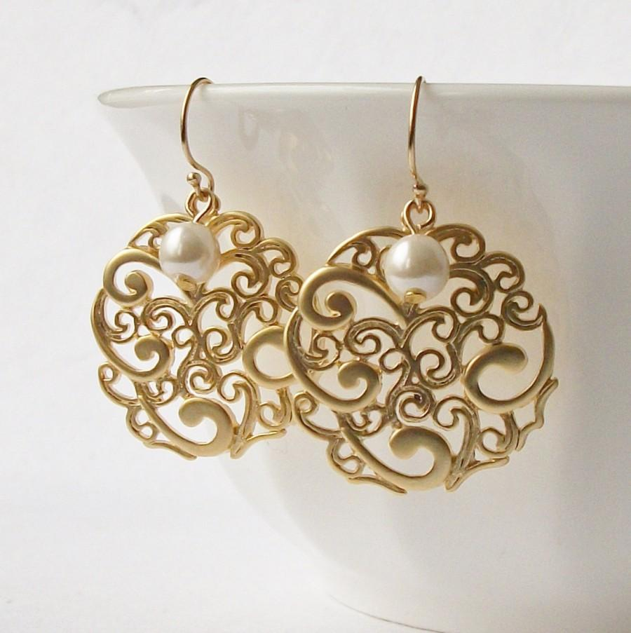 Mariage - Pearl Floral Gold Dangle Earrings Wedding Jewelry