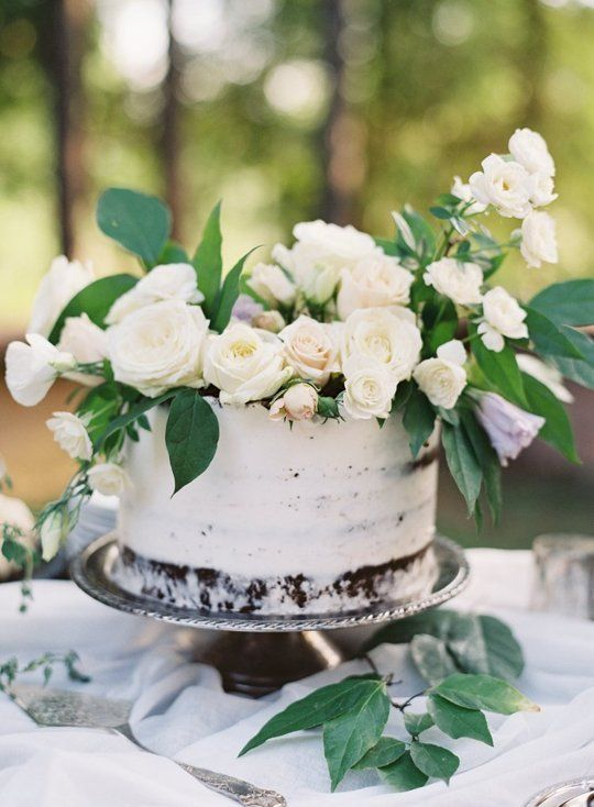 Wedding Wedding Cakes Topped With Fresh Flowers