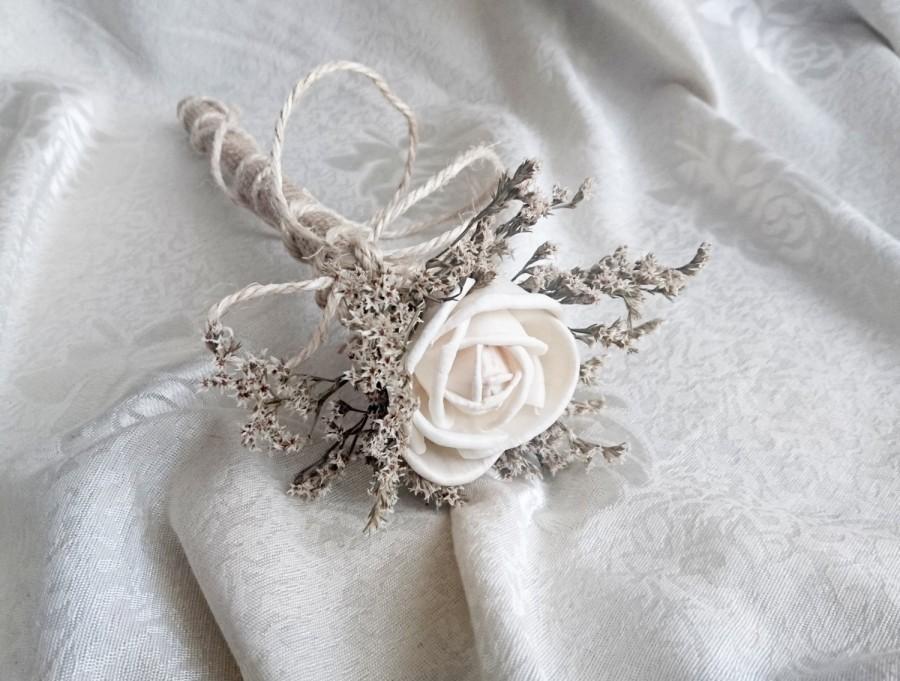 Mariage - Flowergirl wand cream rustic wedding Ivory Flower, dried limonium burlap handle, Flower girl, Bridesmaids, sola roses vintage custom