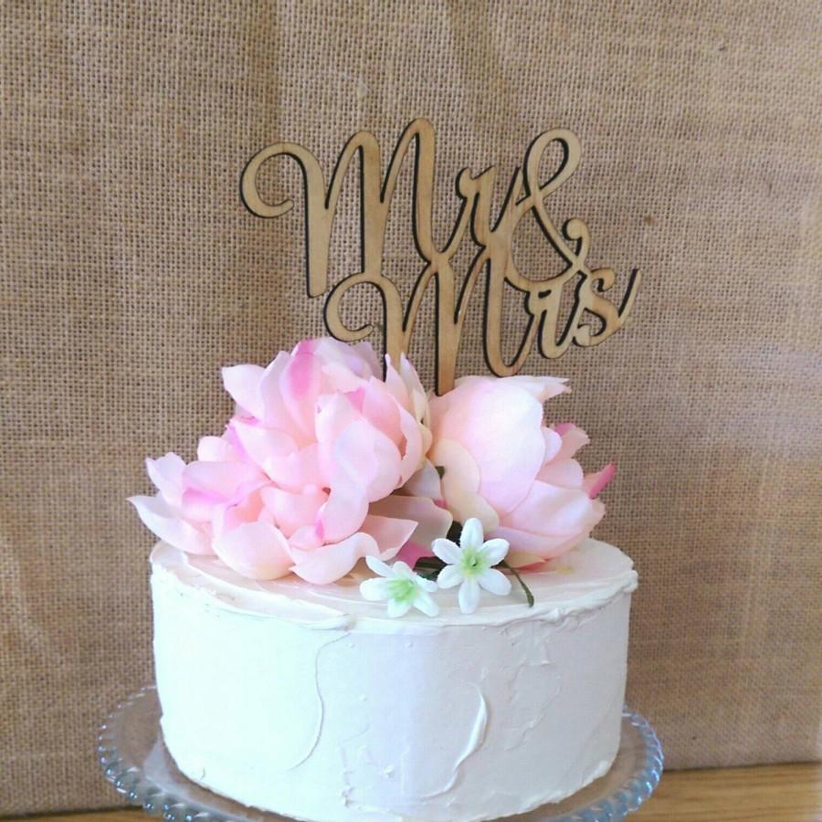 Свадьба - Rustic Cake topper -- Mr & Mrs Wedding Cake Topper - Raw Wood