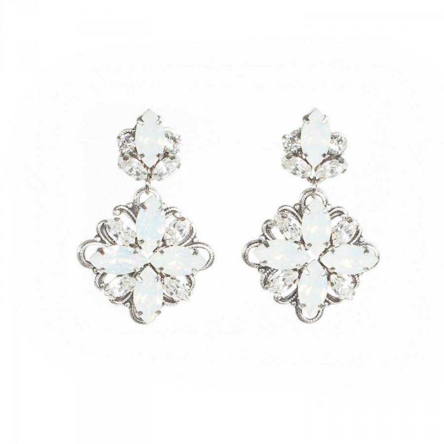 Wedding Earrings ,vintage Inspired Bridal Earrings, Swarovski Wedding  Earrings, Bridal Statement Earrings ,opal Earrings , Bridal Jewelry