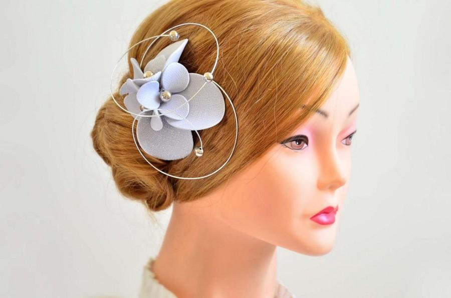 Hochzeit - Silver hair pin Silver fascinator Bridesmaid hair flower Silver headpiece Bridal hair piece Flower girl headpiece