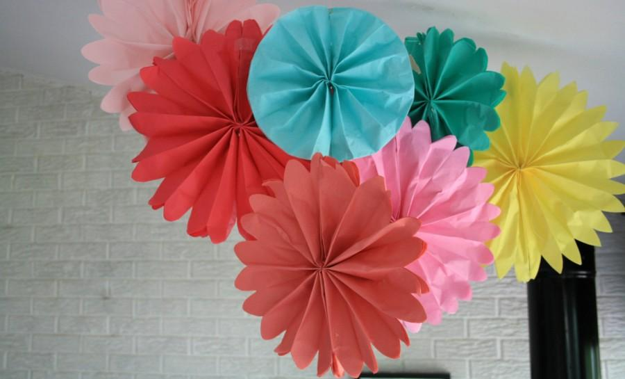 Свадьба - Party decorations -  10 pomwheels ... pick your colors.