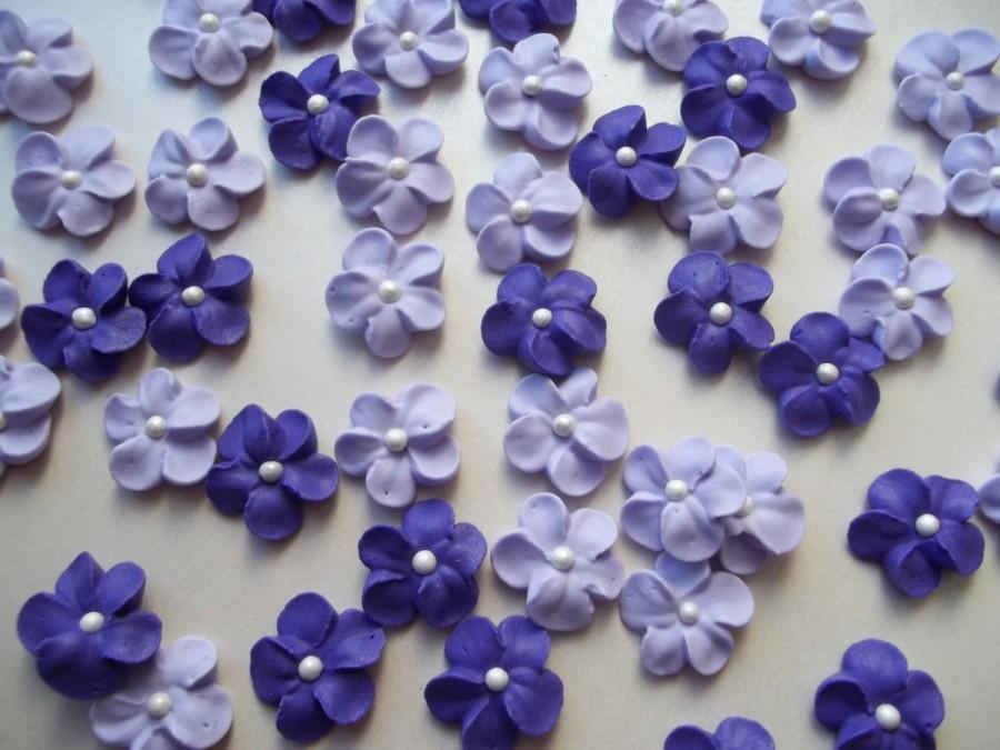Small purple or lavender flowers with white pearl centers cake small purple or lavender flowers with white pearl centers cake decorations cupcake toppers edible 24 pieces mightylinksfo