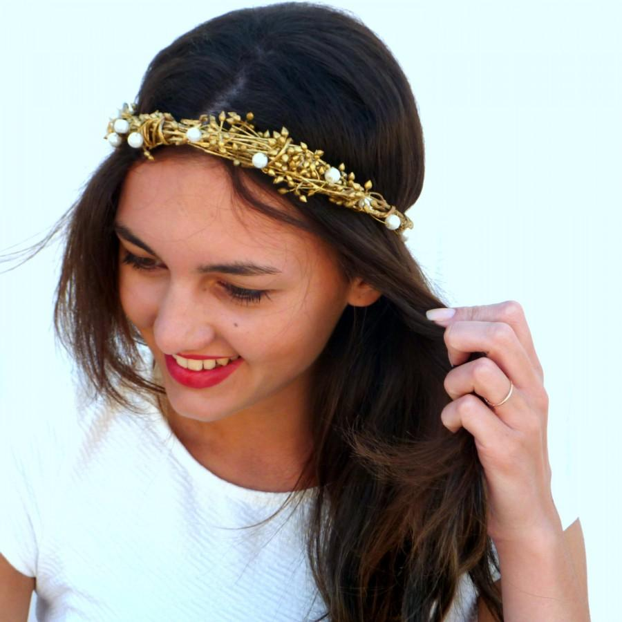 Hochzeit - Gold and white pearls  crown, Gold Spring wedding hair accessories, Bridal headpiece, Floral headband, Ivory bridal headpiece