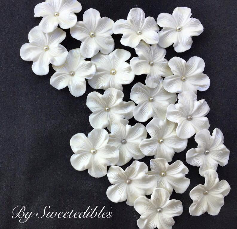 Mariage - White Gum Paste Flowers Edible Cake Decorations 25 piece SILVER