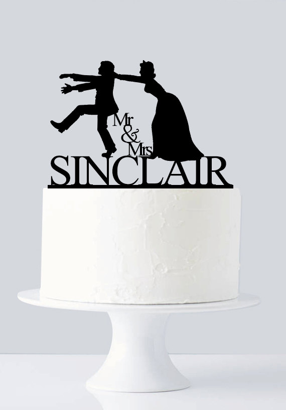 Mariage - Funny wedding cake topper, Mr and Mrs cake topper, groom bride silhouette cake topper, personalize name cake topper A640