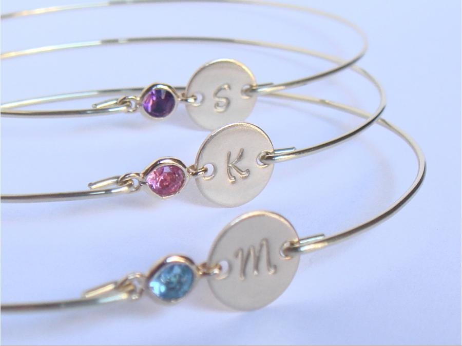 Wedding - Initial and birthstone bridesmaids bracelet gift