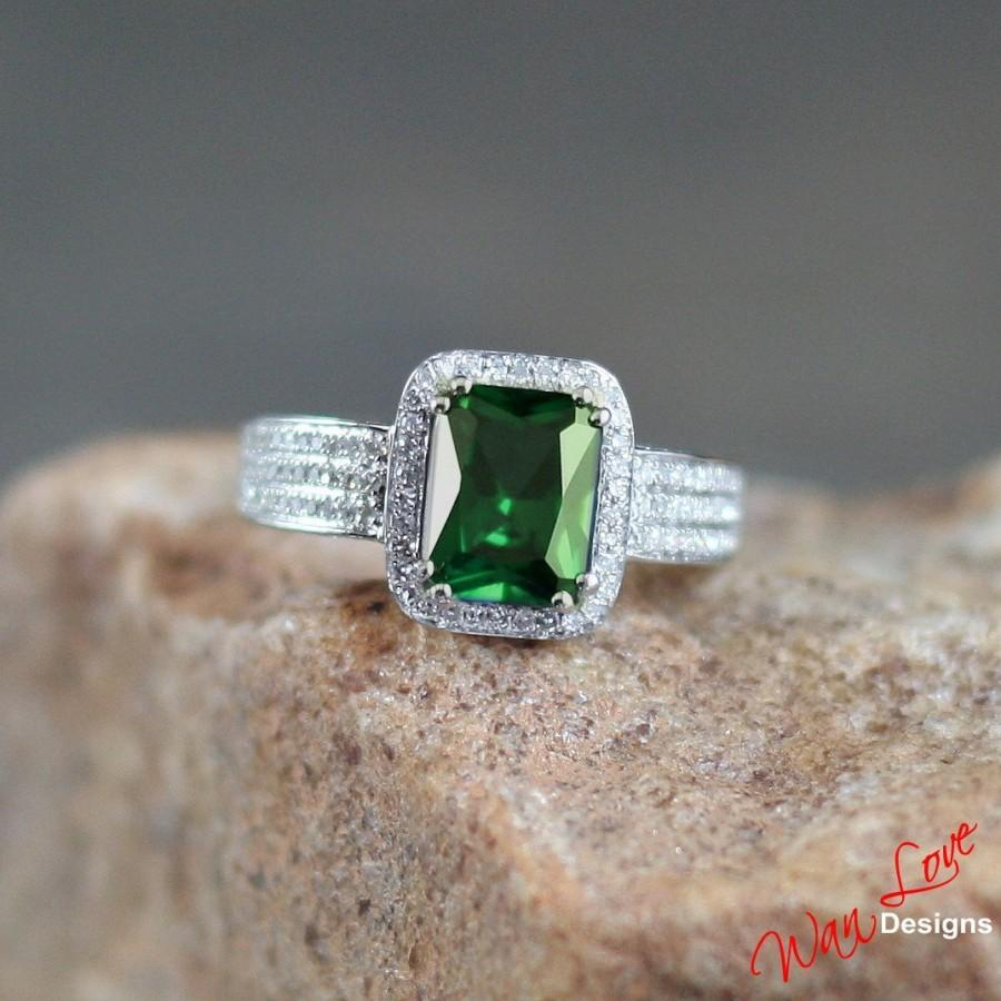Mariage - Emerald & Diamond Halo Engagement Ring 3 row pave side 3ct 9x7mm 14k 18k White Yellow Rose Gold-Platinum-Custom made-Wedding-Anniversary