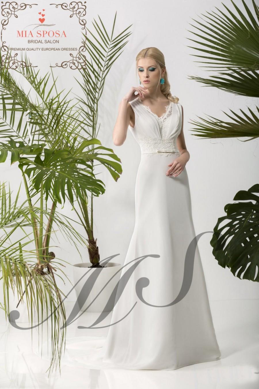 Mariage - Wedding dress V-cut , bridal dress, beach wedding dress, destination wedding dress