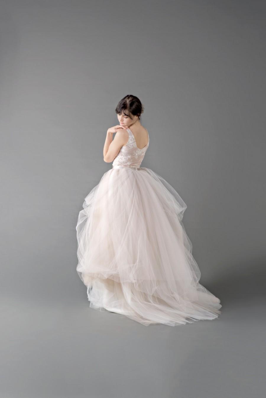 Tulle Skirt Wedding Gown 19