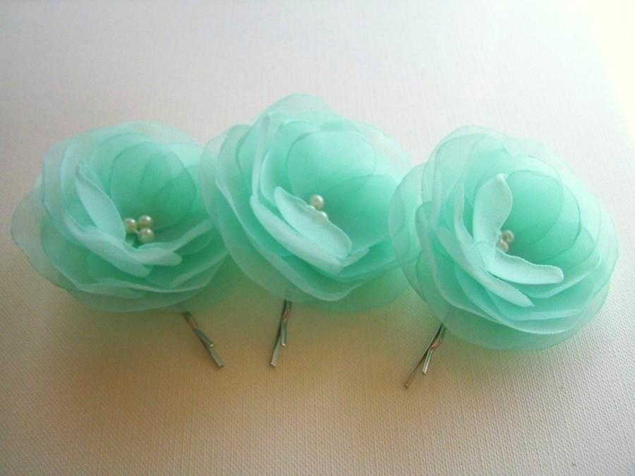 Свадьба - Mint Green Hair Clips Mint Hair Flowers Green Turquise Mint Wedding Hair Flowers Wholesale Price Hair Clip Mint Bridesmaids Mint Boutonniere