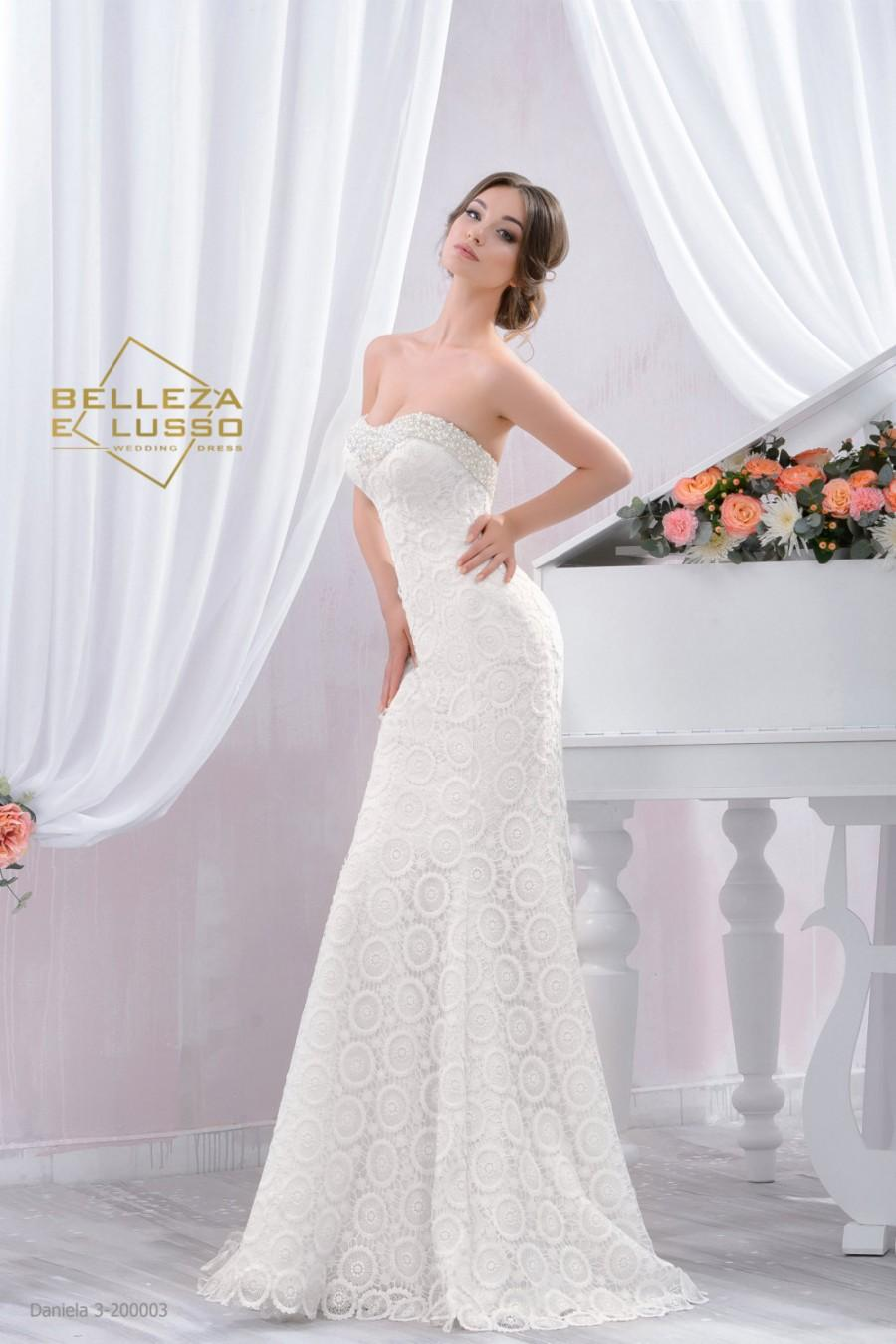 long fitted style wedding dress slim wedding gown with beading