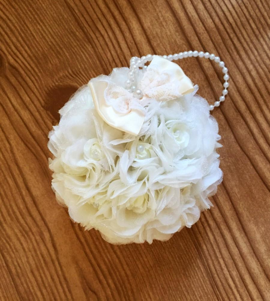"Свадьба - Ivory or White Flower Ball Rose Kissing Ball 5"" Flower Girl Pomander Choose Bow Color Silk Organza Bridesmaid Bouquet Wedding Flowers Pew"